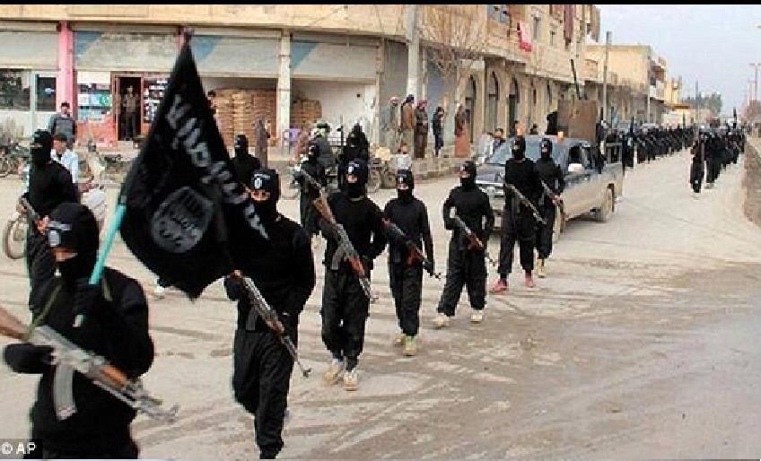 BAĞDAT'DA EN AZ 32 KİŞİNİN ÖLDÜĞÜ BOMBALI SALDIRIYI IŞİD ÜSTLENDİ