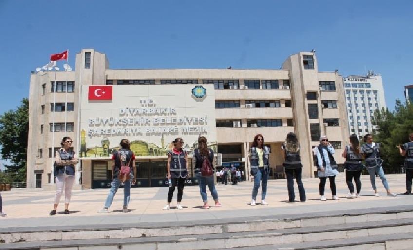 HDP'DEN CAMİ YIKTIRDIĞI İDDİALARINA CEVAP